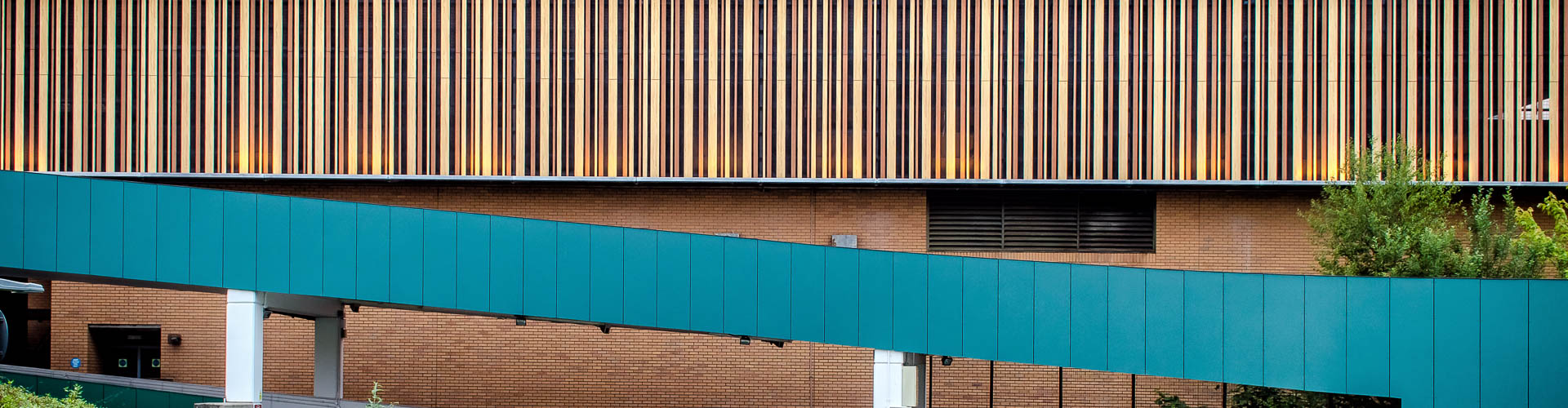 T & T Facades Bracknell Town Centre (1 Of 1)
