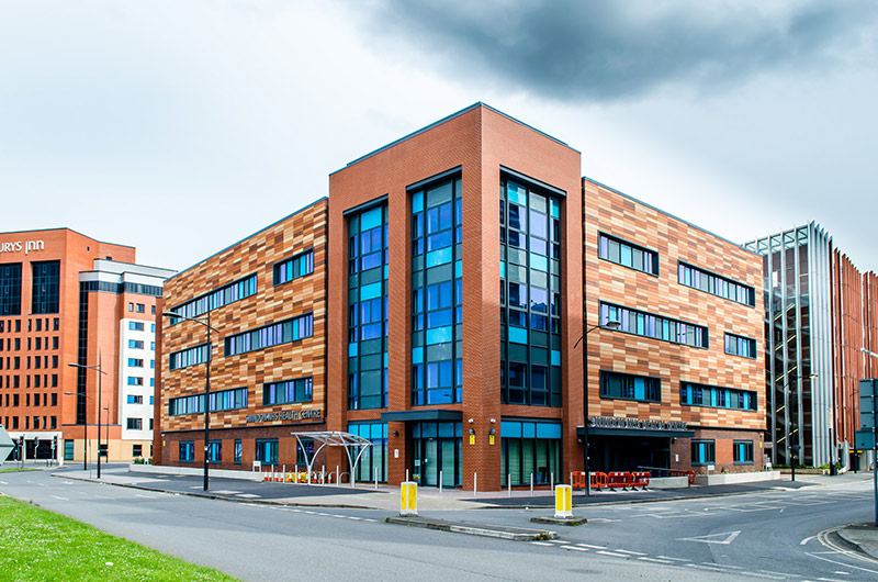 swindon health centre t t facades rainscreen cladding sfs. Black Bedroom Furniture Sets. Home Design Ideas